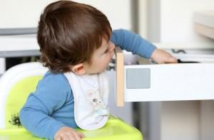 Bébé à la maison - comment éviter les accidents